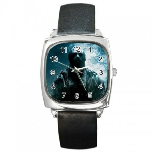 http://www.starsonstuff.com/1083-1341-thickbox/jason-voorhees-friday-the-13th-silver-tone-square-metal-watch.jpg