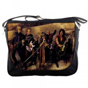 http://www.starsonstuff.com/11517-thickbox/aerosmith-messenger-bag.jpg