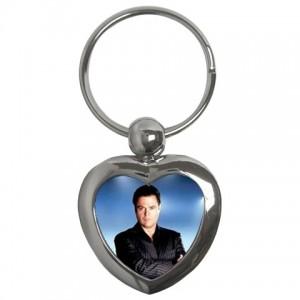 http://www.starsonstuff.com/1293-1612-thickbox/donny-osmond-heart-shaped-keyring.jpg