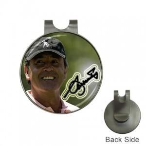 http://www.starsonstuff.com/1338-1657-thickbox/seve-ballesteros-signature-ball-marker-hat-clip.jpg
