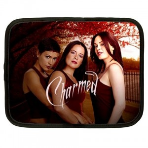 http://www.starsonstuff.com/1401-1717-thickbox/charmed-15-netbook-laptop-case.jpg