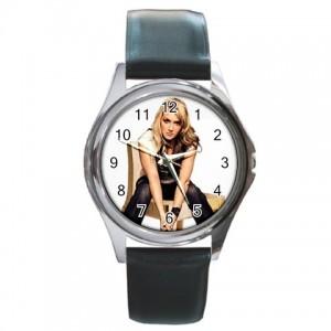 http://www.starsonstuff.com/1426-1743-thickbox/cascada-silver-tone-round-metal-watch.jpg