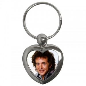 http://www.starsonstuff.com/1655-2019-thickbox/david-essex-heart-shaped-keyring.jpg