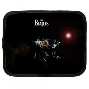 http://www.starsonstuff.com/1657-2021-thickbox/the-beatles-15-netbook-laptop-case.jpg