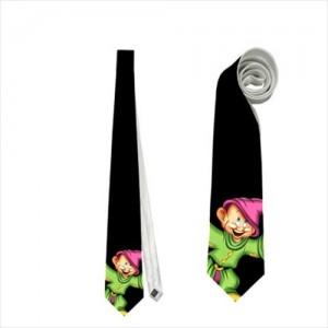 http://www.starsonstuff.com/17670-thickbox/snow-white-and-the-seven-dwarfs-dopey-necktie.jpg