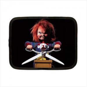 http://www.starsonstuff.com/18565-thickbox/childs-play-chucky-7-netbook-laptop-case.jpg