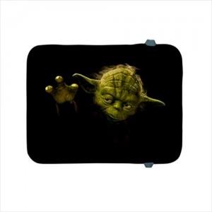 http://www.starsonstuff.com/19276-thickbox/star-wars-master-yoda-apple-ipad-2-3-4-ipad-air-soft-case.jpg