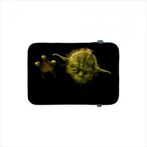 http://www.starsonstuff.com/19327-thickbox/star-wars-master-yoda-apple-ipad-mini-mini-2-retina-soft-case.jpg