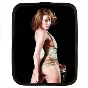 http://www.starsonstuff.com/20336-thickbox/kylie-minogue-12-netbook-laptop-case.jpg