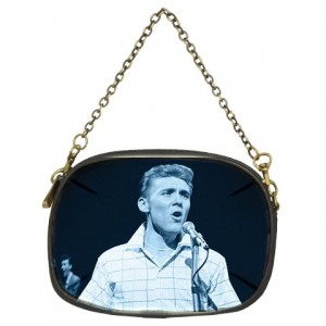 http://www.starsonstuff.com/2212-2644-thickbox/billy-fury-chain-purse.jpg