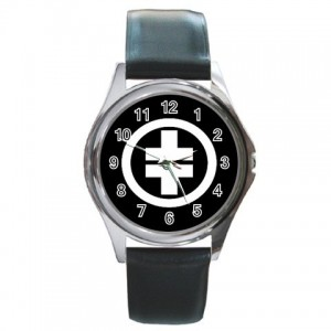http://www.starsonstuff.com/25-65-thickbox/take-that-silver-tone-round-metal-watch.jpg
