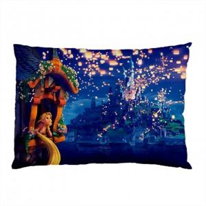 http://www.starsonstuff.com/25649-thickbox/disney-tangled-rapunzel-pillow-case.jpg