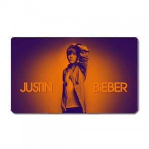 http://www.starsonstuff.com/3778-thickbox/justin-bieber-3-x-5-rectangular-magnet.jpg