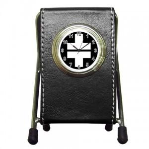 http://www.starsonstuff.com/3993-thickbox/take-that-desktop-clock-pen-holder.jpg