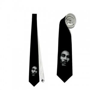 http://www.starsonstuff.com/4188-thickbox/bob-marley-necktie.jpg