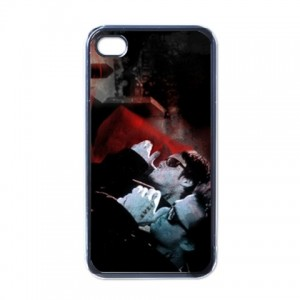 http://www.starsonstuff.com/4577-thickbox/the-boondock-saints-apple-iphone-4-4s-ios-5-case.jpg