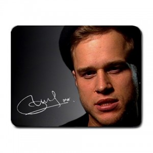 http://www.starsonstuff.com/53-114-thickbox/olly-murs-small-mousemat.jpg