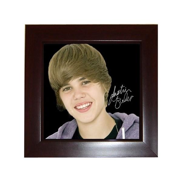 Justin Bieber - Framed Tile - Stars On Stuff