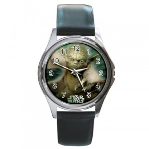 http://www.starsonstuff.com/832-976-thickbox/star-wars-master-yoda-silver-tone-round-metal-watch.jpg