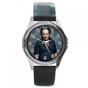 http://www.starsonstuff.com/833-977-thickbox/bruce-springsteen-silver-tone-round-metal-watch.jpg