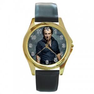 http://www.starsonstuff.com/836-986-thickbox/bruce-springsteen-gold-tone-metal-watch.jpg