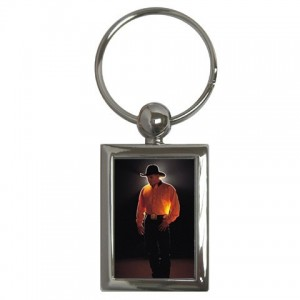 http://www.starsonstuff.com/95-164-thickbox/garth-brooks-rectangle-keyring.jpg