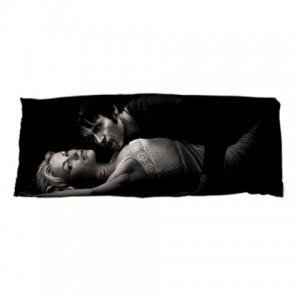 http://www.starsonstuff.com/9578-thickbox/true-blood-dakimakura-body-pillow-case.jpg