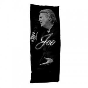 http://www.starsonstuff.com/9613-thickbox/joe-longthorne-dakimakura-body-pillow-case.jpg