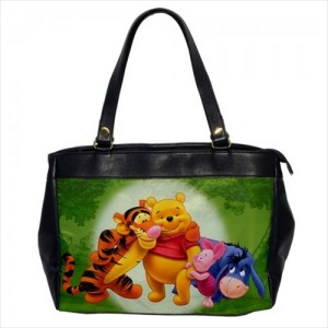 https://www.starsonstuff.com/23875-thickbox/winnie-the-pooh-oversize-office-handbag.jpg