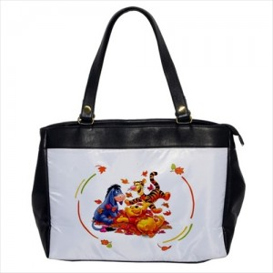 https://www.starsonstuff.com/23876-thickbox/winnie-the-pooh-oversize-office-handbag.jpg