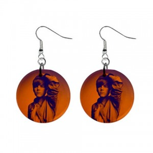 https://www.starsonstuff.com/3825-thickbox/justin-bieber-button-earrings.jpg